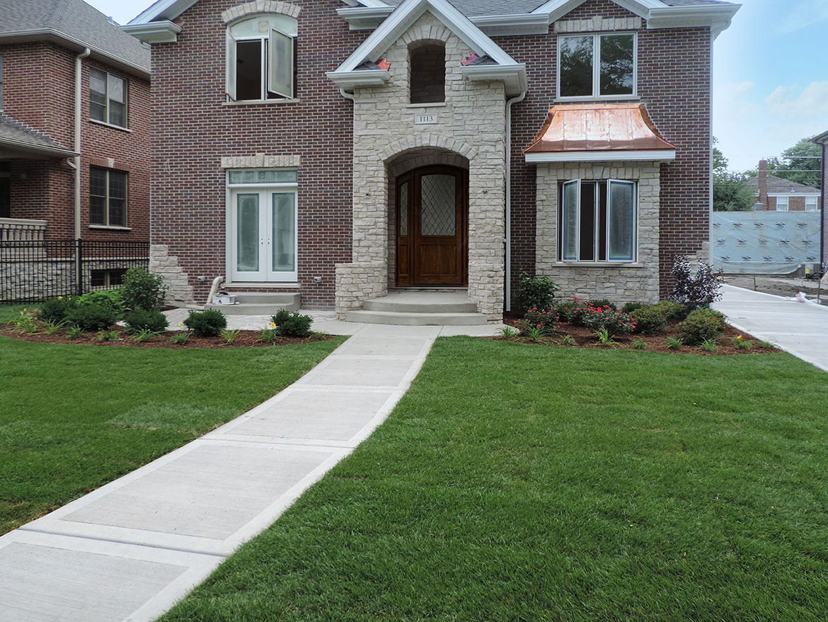 Park-Ridge-Front-Entrance-with-Patio Landscaping Project