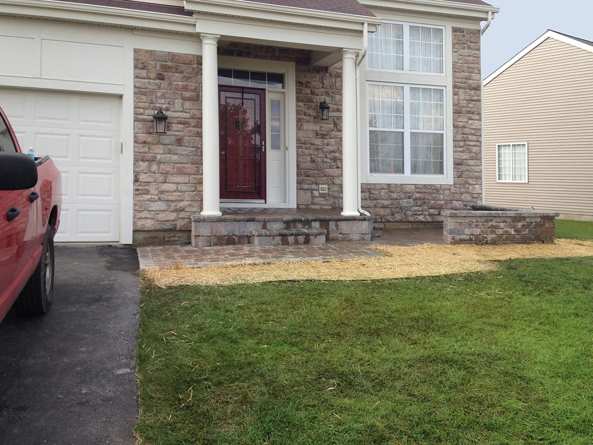 brick paver patio in round lake Landscaping and Hardscaping (Brick ...