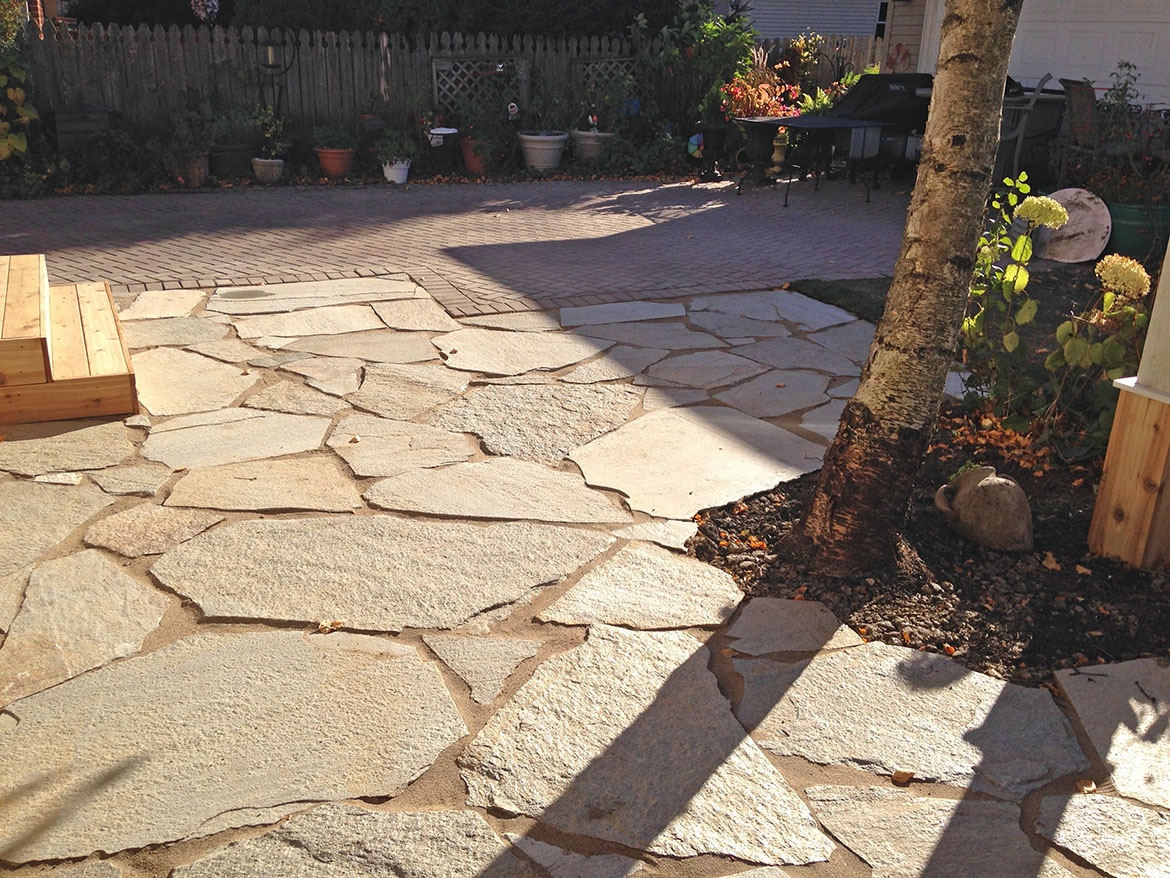 flagstone patio in park ridge Landscaping and Hardscaping (Brick ...