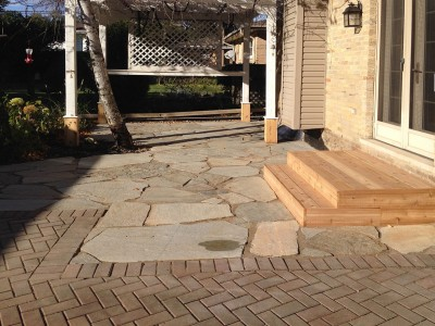 Idaho Gold Flagstone Patio with Cedar Steps   Flagstone Patio in Park Ridge Idaho Gold Flagstone Paver Patio Steps