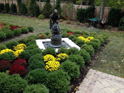 Retaining-Wall-Around-Fountain-in-Glenview
