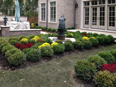 Retaining-Wall-around-an-Antique-Fountain-in-Glenview