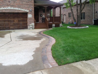 Brick Paver Apron in Glenview, 2nd view
