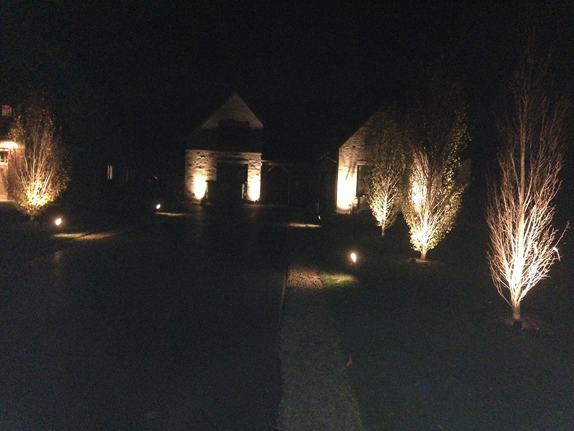 Landscape lighting in glenview landscaping and hardscaping brick landscape lighting in glenview mozeypictures Gallery