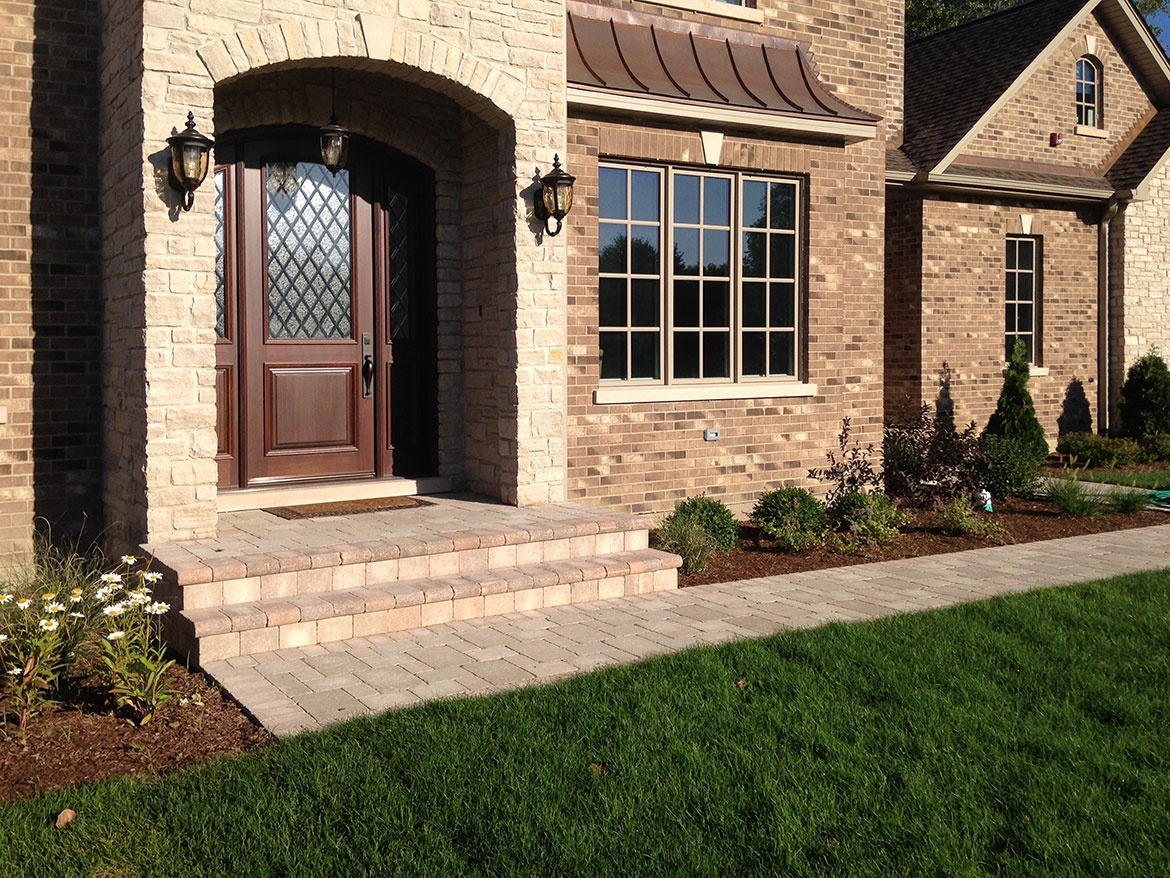 Unilock-Brussell-Block-Paver-Walkway-and-Steps-with-Fullnose-Edging---New-Construction-in-Northbrook