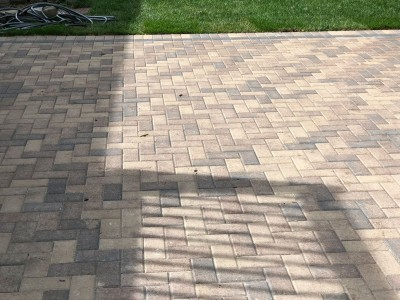 Hollandstone paver patio by Unilock