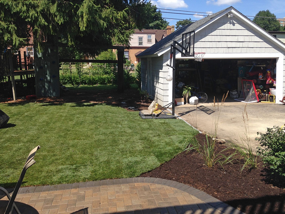 paver patio and stoop in arlington heights landscaping and
